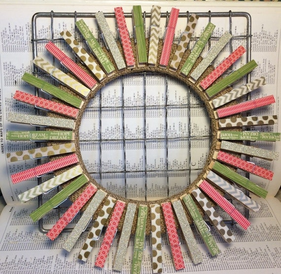 Items Similar To Christmas Card Holder, Clothespin Wreath