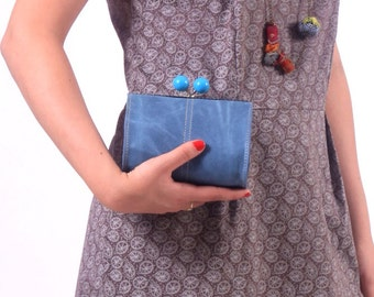Vintage leather clutch, women blue clutch//Vintage clutch//Sale//Christmas gift