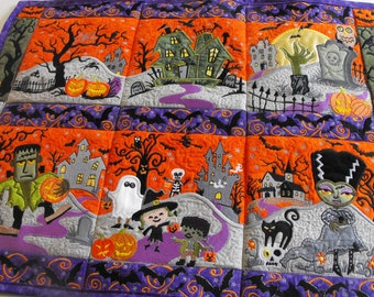 Halloween Town Wall Hanging, quilted Halloween wall hanging, wall hanging, appliqued wall hanging, appliqued Halloween wall hanging