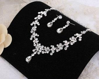 Bridal Necklace Set, Crystal Rhinestone Wedding Necklace Set, Bridal Necklace and Earrings, Statement Bridal Jewelry, Vintage Style
