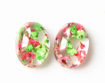 6 pcs of resin crystal  oval CABOCHON cameo with dry flower inside  10x14mm- I4-green and pink