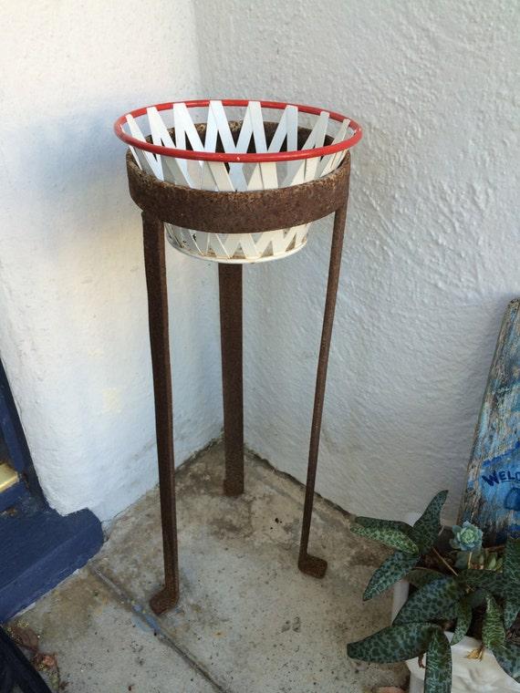 plant stand tall primitive cast iron antique garden metal. Black Bedroom Furniture Sets. Home Design Ideas