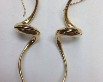 14k gold earrings and unique and interesting!