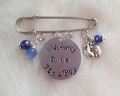 Mommy to Be Pin - Pink or Blue Beads - Baby Shower, Mother Mom to Be Gift, Grandmother Nana to be, Gender or Baby Name Reveal Party