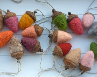 felt acorns acorns for the autumn deco