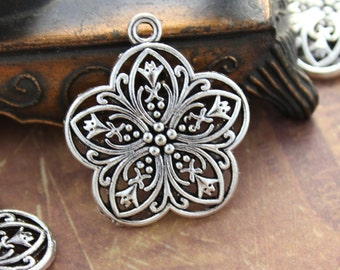 10 Flower Charms Flower Pendants Antiqued Silver Tone 25 x 25 mm