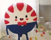 Art toy inspired on Peppermint butler from Adventure Time