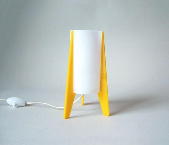 Vintage lampe de chevet roquette jaune cylindre blanc - Lampe de chevet blanc ...