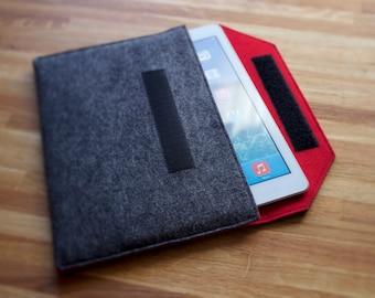 Nexus 7 Case / Nexus 7 Sleeve / Nexus 7 Cover in Mottled Dark Grey and Various Inner Colours of 100% Wool Felt
