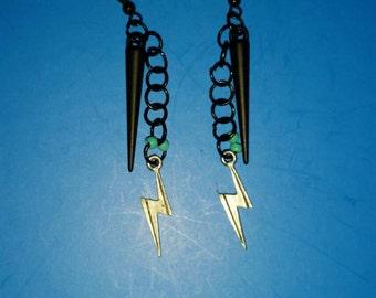Black lightening earrings