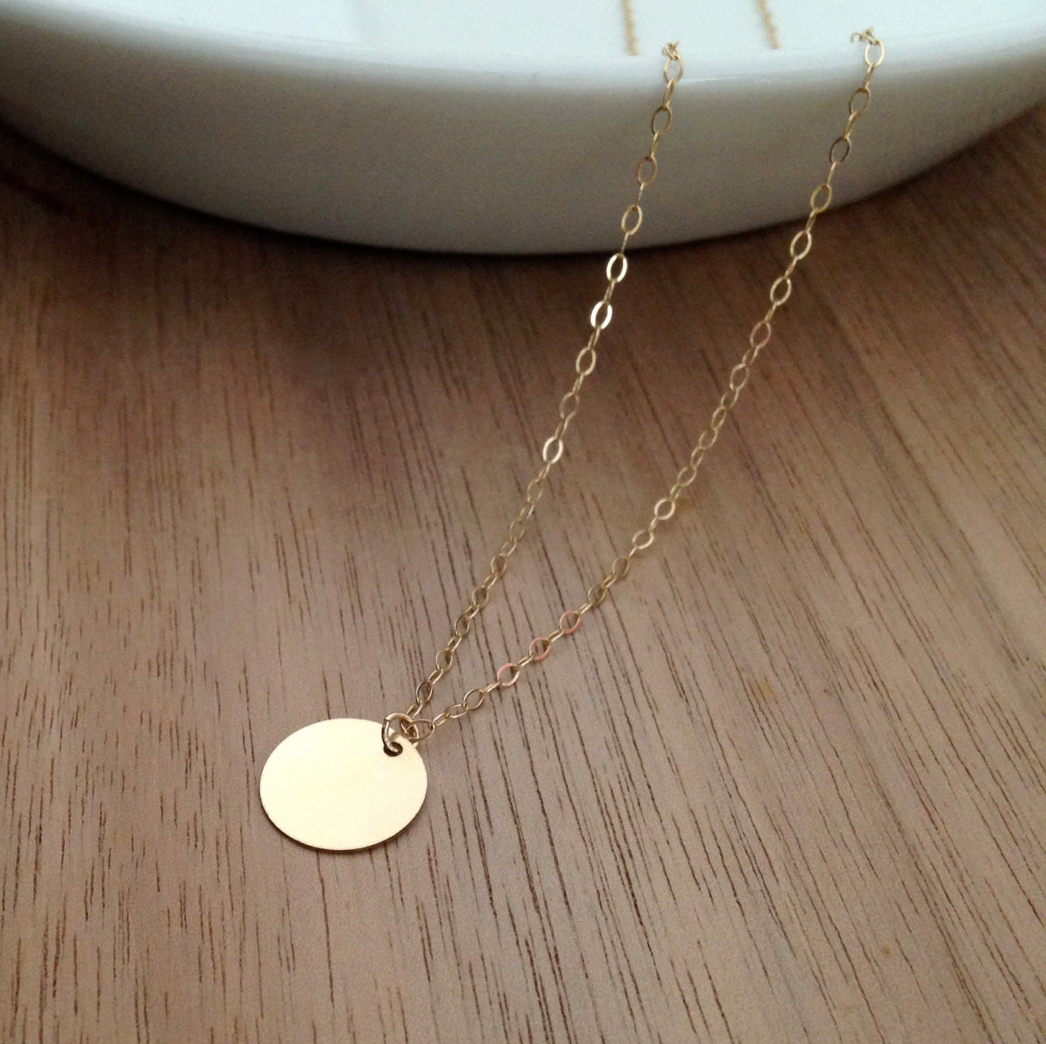 small gold circle necklace delicate gold necklace simple. Black Bedroom Furniture Sets. Home Design Ideas