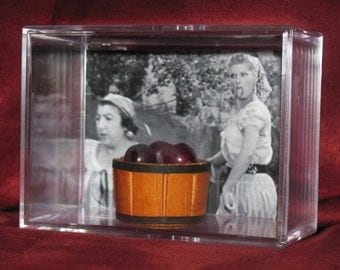 "Second Mini Display""I Love Lucy"" Classic Episode With Mini Grapes!! these grapes are not the kind you want to Eat..((Larger Case Display))"