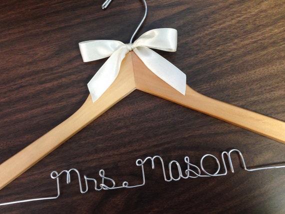 Fast shipping Wedding hanger wedding photos bridal
