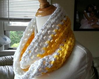 White and yellow Crochet infinity scarf, two toned, white, yellow, Crochet scarf, Crochet cowl, neckwarmer, fashion scarf, handmade, Crochet