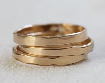 Wedding ring 14k gold wedding band organic shaped ring
