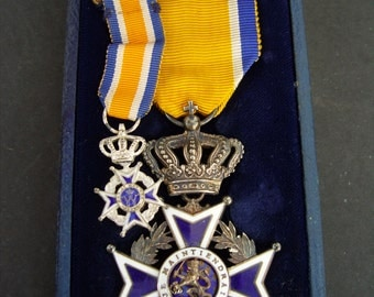 Netherlands/Dutch Order of Orange Nassau civil division, Knight in original case