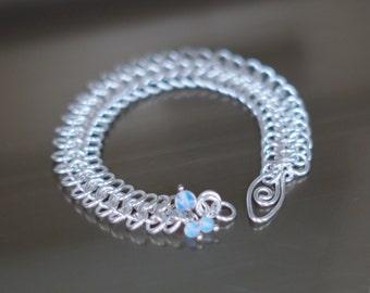 Chainmaille silver plated bracelet, Unique bracelet, Bracelet opaline moonstone