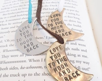 Love You To The Moon And Back Bookmark for Wedding Favors Bridal Shower Favour Bookmarker Hand Stamped Book Mark Daughter 16th Birthday Wife
