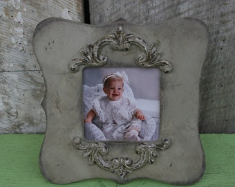 1 distressed picture frame / rustic frames / shabby chic frames / wood frames