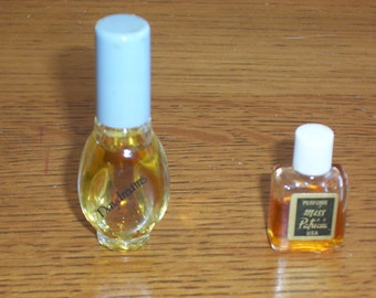 2 Vintage Mini Perfumes Daydreams Cologne Miss Patricia