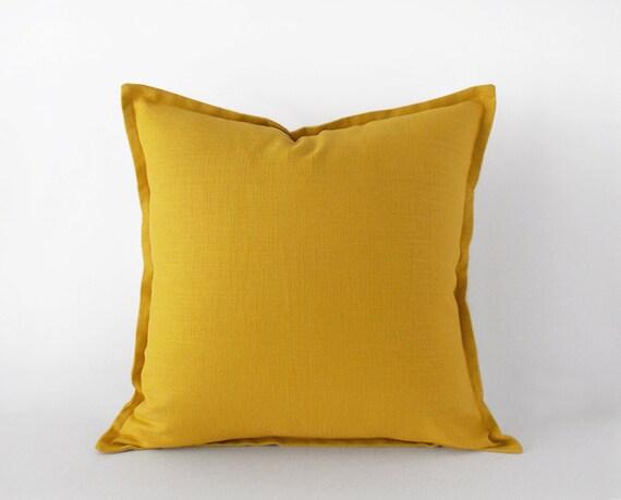 housse de coussin lin jaune moutarde avec une bride en 20 20 x. Black Bedroom Furniture Sets. Home Design Ideas