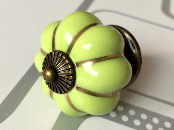 Vert citrouille boutons armoires de cuisine boutons commode - Bouton de commode ...