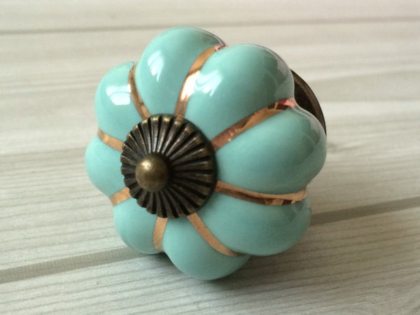 citrouille boutons armoires de cuisine boutons commode bouton. Black Bedroom Furniture Sets. Home Design Ideas