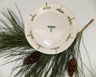 Dragonfly Pie Pan, White and Green Pie Plate