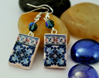 Earrings with portugues tile replica, and swarosky