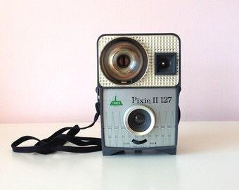 Mid Century Camera / Pixie II 127