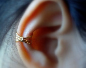 1)Simple Three Line Non- Pierced Ear Cuff **GOLD BODY**