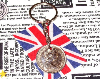1970 British Old Large Five Pence Coin Keyring Key Chain Fob Queen Elizabeth II