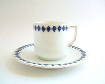 Demitasse Teacup, Blue Teacup, Blue Demitasse, Teacup & Saucer, Teacup Set, Blue and White Teacup, Vintage Teacup, Thistle Teacup, Cobalt