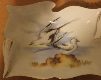 4 Vintage Bird Ashtrays Or Candy Dishes Wall Decorations