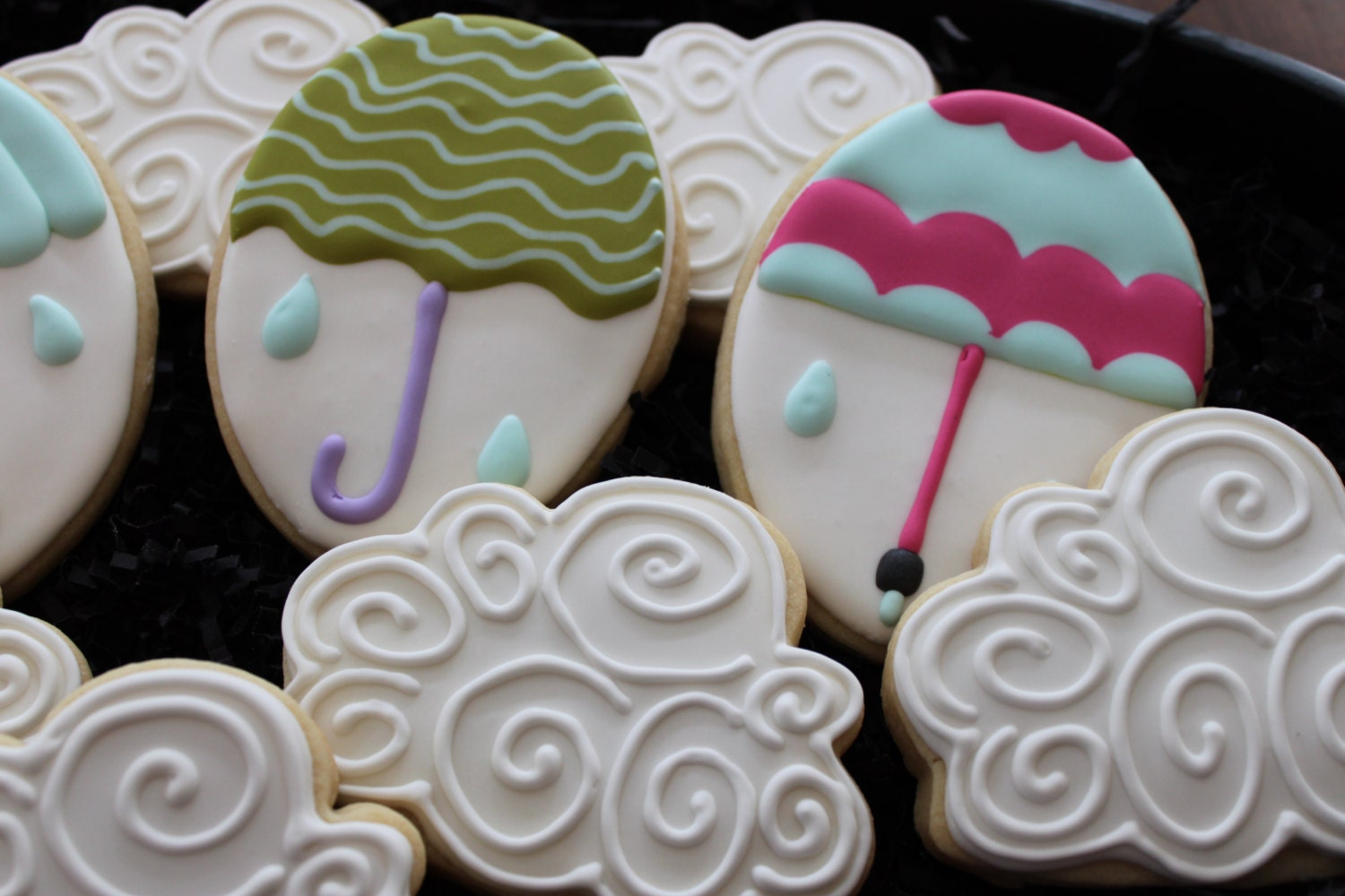 baby shower cookies baby shower favors umbrella cookies