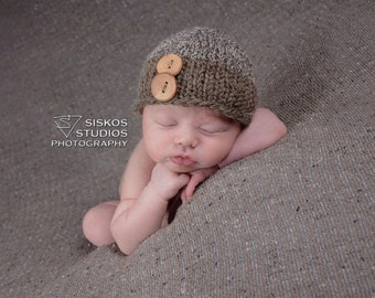 Newborn knit two toned hat with wooden buttons
