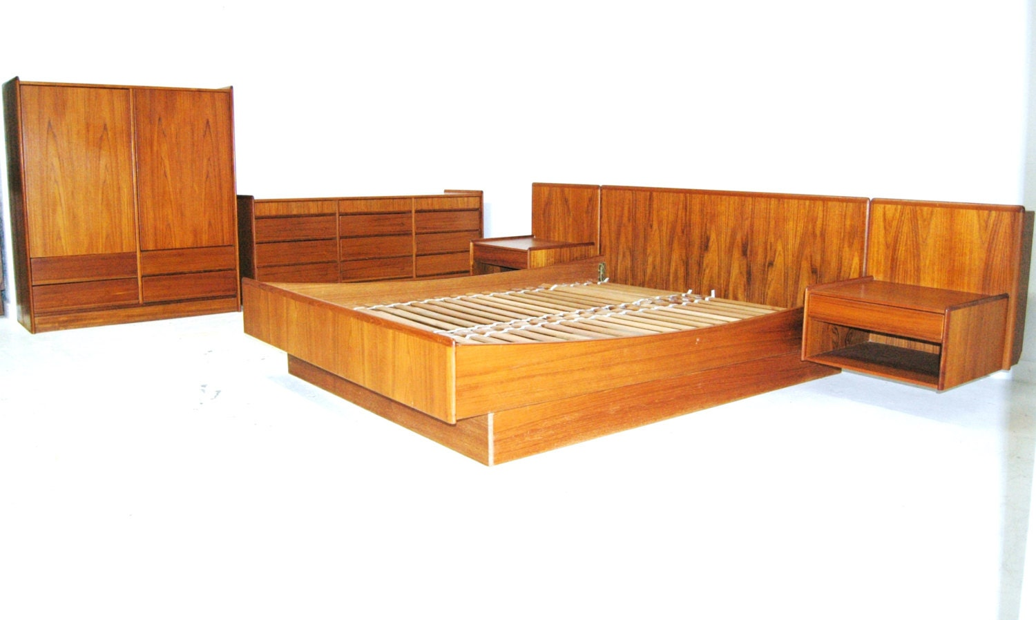 Floating Platform Bedroom Set Vintage Mid Century Teak Queen With Night St