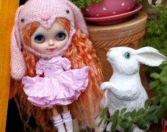 Pink dresses for Neo Blythe.