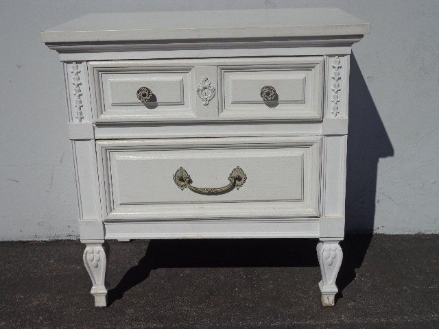 Vintage dixie nightstand hollywood regency night stand for French nightstand bedside table