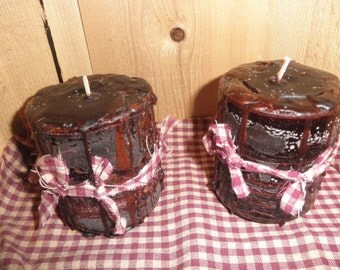 BAKED APPLE & CINNAMON scented..Primitive Pillar Candles..Set of 2