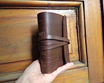 Leather notebook.Leather book.Leather Journal. Sketchbook. Blank book. 4.5 x 6.3 inches. Dark brown.