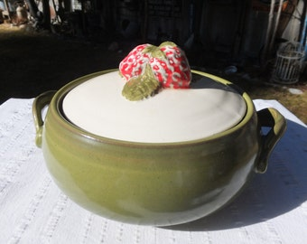 Vintage Avocado Green Casserole Dish With Adorable Strawberries Lid