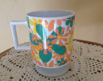 Vintage 70's Mod Flower Power Mug- Still has original 59cent sticker-  Unused condition