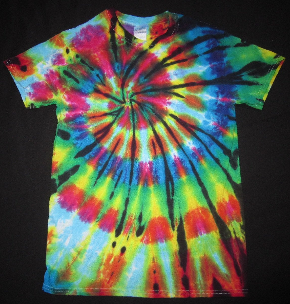 s03 psychedelic spiral tie dye t shirt fits unisex