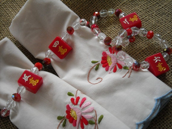 Mahjong napkin rings mahjong table decor red oriental for Decoration table orientale