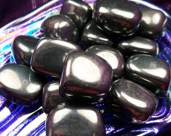 HEMATITE Is a Master Grounding Stone Used to Draw Out Negative or Excess Energy & Thoughts and Increase Your Positive Energy Flow