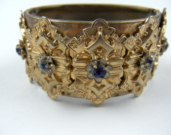 Gorgeous Bangle Bracelet with Rhinestones