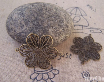 10 pcs of Antique Bronze Brass Flower Embellishments Connector  20x26mm A5292