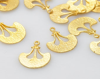 4 Pieces Gold Plated Charms, Jewelry Making Supply, Jewelry Drops, Jewelry Findings