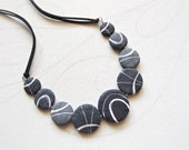 Beach stones necklace Nat...